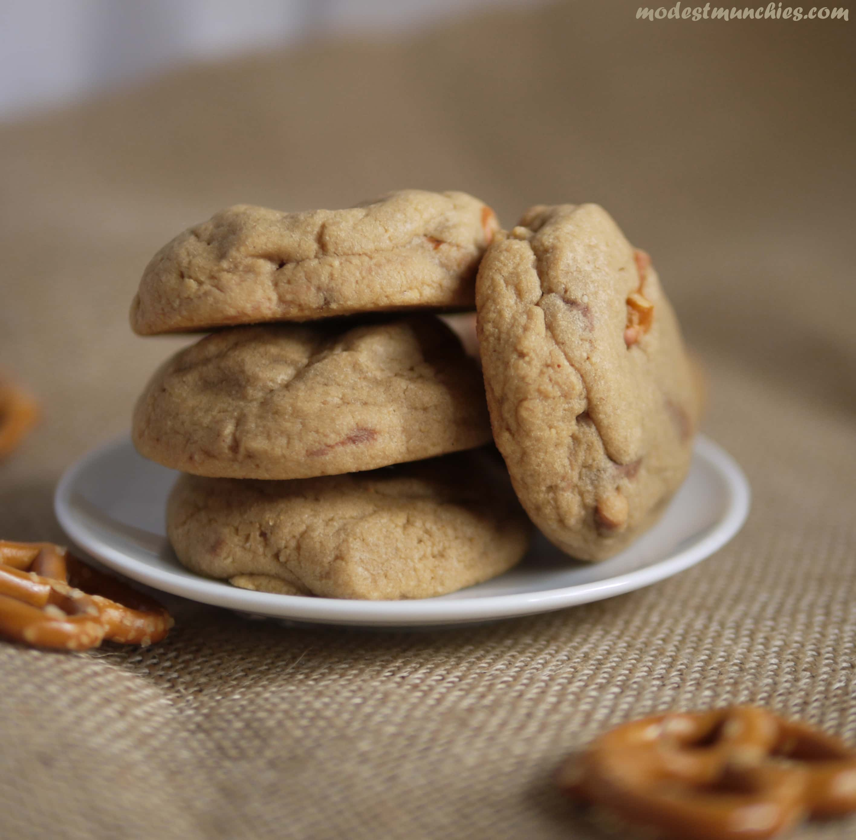 delicious peanut butter cup pretzel cookies