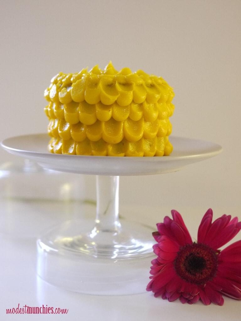 vertical petal cake